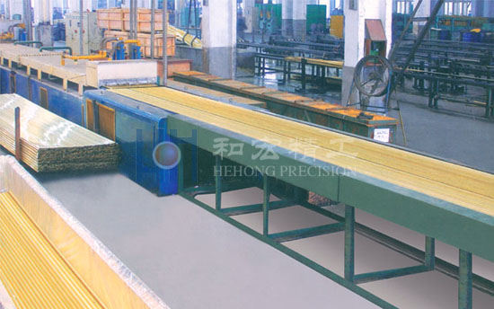 Bright annealing oven
